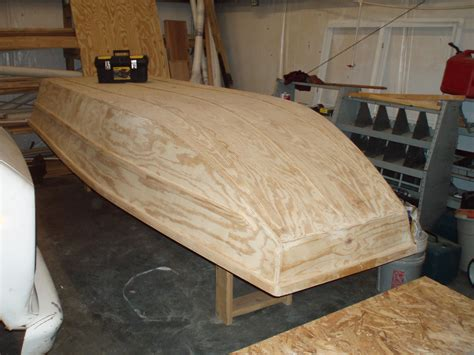 how to build a boat plywood pin by jim houl on boats in 2019 pinterest boat boat