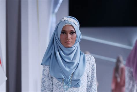 Model Rambut Jidat Jenong by Cara Sngalse 5 Cara Memadukan Warna Makeup Dengan