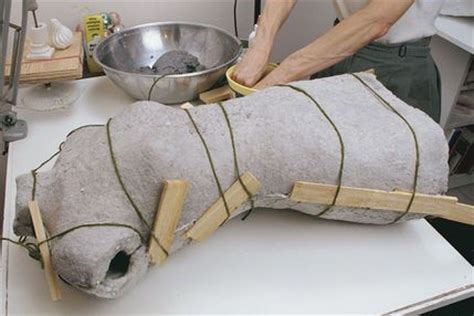 How To Make A Paper Mache Dress Form - molded papier m 195 162 ch 195 169 form threads dress form paper