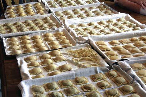 Handmade Ravioli Recipe - ravioli livelovepasta