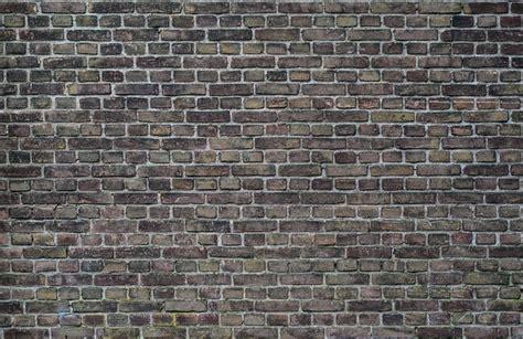 brick wall   photo  pixabay