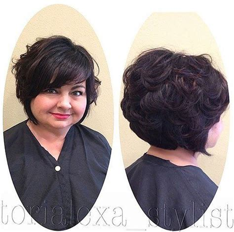 round face curly bob 20 stylish and sassy bobs for round faces wavy hair