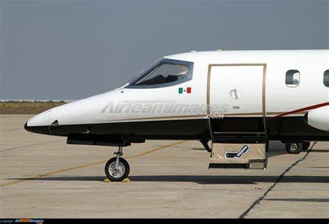 Photographers In San Diego Bombardier Learjet 25 Large Preview Airteamimages Com