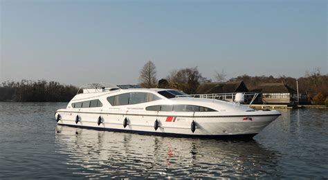 fishing boat hire broads fair commissioner boating holidays norfolk broads direct