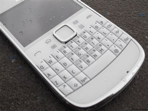 nokia qwerty keypad mobiles nokia e6 mobile phone review touch qwerty 8mp camera