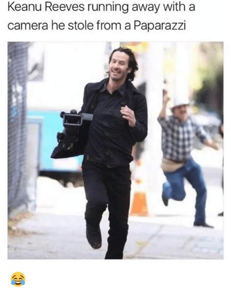 Keanu Reeves Runs The Paparazzi by Keanu Reeves Running Away With A He Stole From A