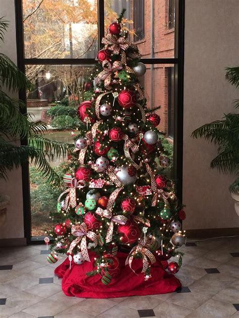 christmas tree entrance display ideas pinterest