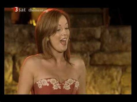 lisa kelly the voice of ireland com participao de chlo celtic woman the voice youtube