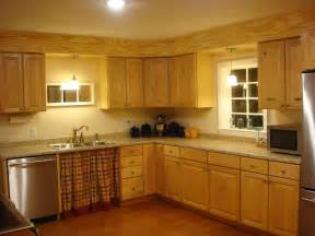 Kitchen Cabinet Interiors by Kitchen Cabinet Soffit Ideas Interior Amp Exterior Doors