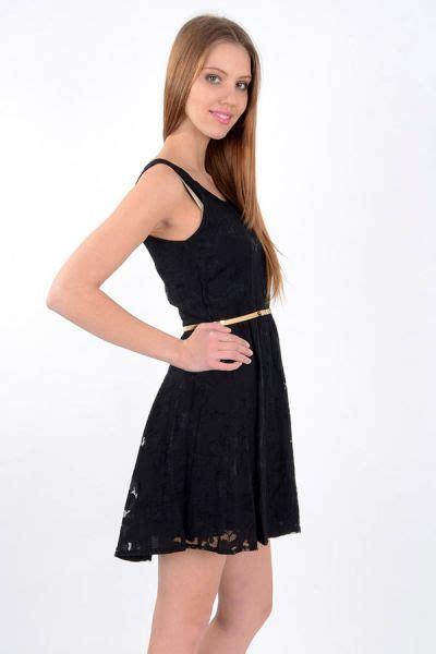 siyah kisa mini 2015 elbise modeli kadinlive com sarı kemerli dantel detaylı siyah yazlık elbise modeli