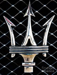 Maserati Emblems Maserati Emblem By Tom Griffithe
