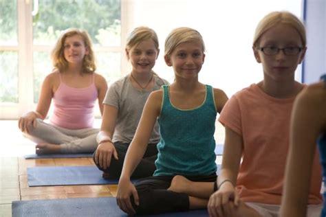 Young Girl Budding | teen girls budding breasts newhairstylesformen2014 com