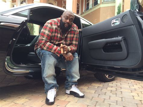 roll royce wraith rick ross video rick ross nos muestra su nuevo rolls royce wraith 2014