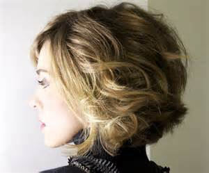 haircusts for sllightly wavy hair slightly wavy short hairstyles hairstylegalleries com