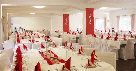 tischdeko hochzeit chagner dekoration hochzeit rot execid