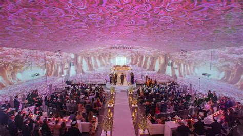 How to Use Projection Mapping at Your Wedding   Martha