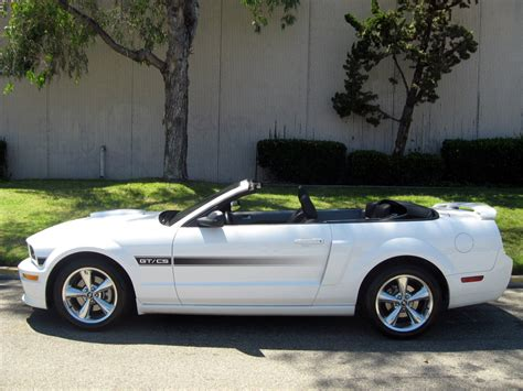 ford mustang convertible sold  ford mustang convertible  auto