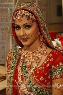 akshara wedding hairstyle gallerybuzz yeh rishta kya kehlata hai akshara and natik