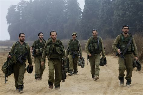 Idf Soldier in revolution idf boosts combat soldiers pay to 40 of