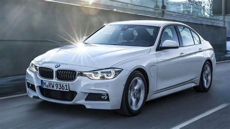 Bmw Serie 3 2019 Hibrido by 2017 Bmw 330e Iperformance Electrifies Germany S Famed