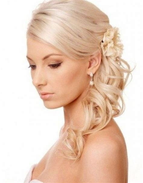 Thin Hairstyles by 25 Best Ideas About Hairstyles Thin Hair On