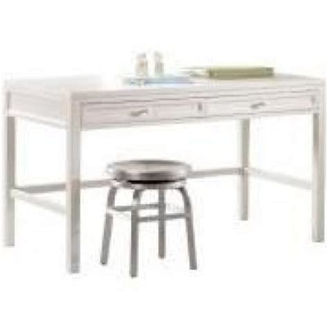 picket fence 31 5 in h white craft space table