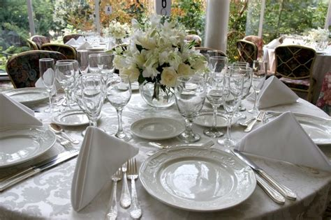 Table Settings For Weddings Wedding Style Inspiration Table Settings Wedding Gifts Direct