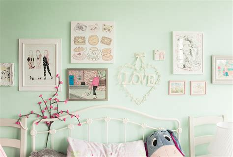 colourful kawaii bedroom decor and organisation modern