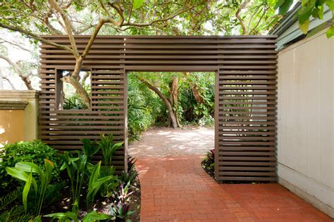 Patio Partition by Mid Century Modern Landscape Garden Landscaping