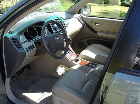 2004 Toyota Highlander Interior by 2004 Toyota Highlander Interior Pictures Cargurus