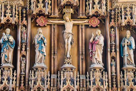 reredos definition illustrated dictionary  british