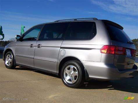 2000 Honda Odyssey by Silver Metallic 2000 Honda Odyssey Ex