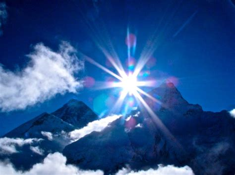 awe inspiring sunrise over everest awe inspiring photo