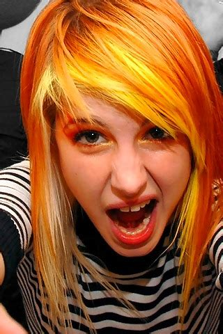 Topi Paramore Keren 06 thentetibal hayley williams makeup