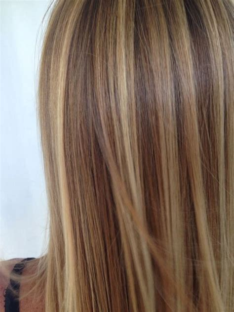 natural blonde hair with lowlights 17 best ideas about highlights on pinterest caramel