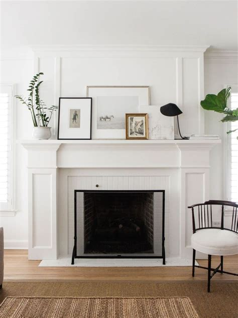 a fireplace mantel 25 best ideas about white fireplace mantels on