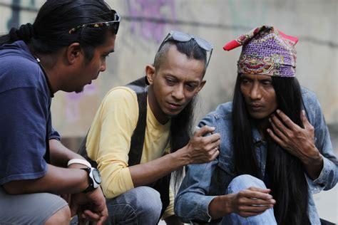 film malaysia yang dibintangi saiful apek gangsterock akan mula ditayangkan pada 17hb julai 2015