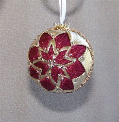 Quilting Ornaments by 186 Best Folded Fabric Images On