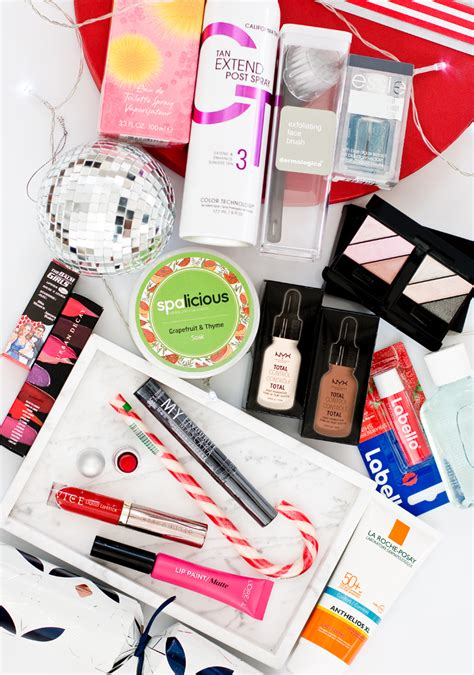 Giveaway Fashion - style scoop south african fashion beauty and lifestyle blog