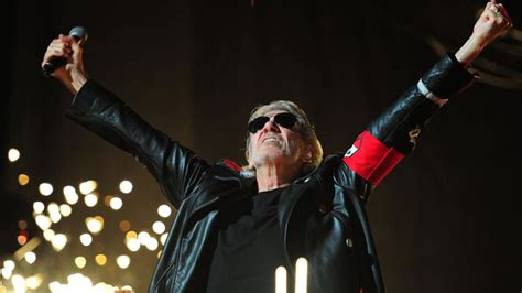 comfortably numb movie roger waters talks new wall film floyd tour with