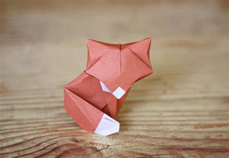 Origami Fox Advanced - 40 tutorials on how to origami a zoo