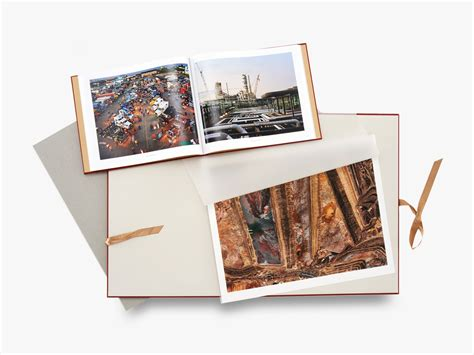 libro edward burtynsky essential elements edward burtynsky essential elements deluxe edition