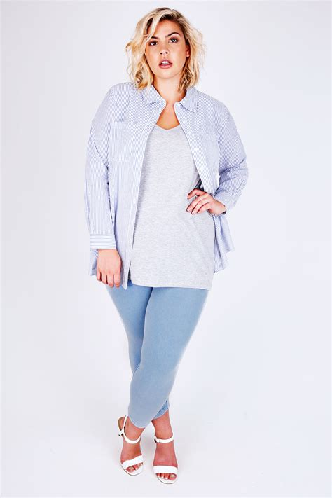 Huggle Cropped Blue Acid light blue acid wash cropped plus size 16 18 20