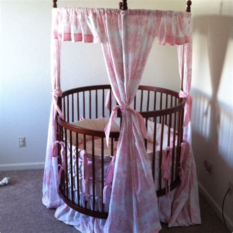 Princess Canopy Crib by 45 Best Images About Canopy Cribs Cradles Bassinets On