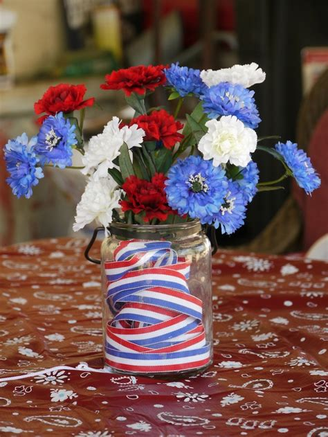 cool table centerpiece ideas 53 cool 4th july centerpieces in national colors digsdigs