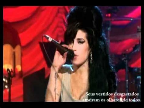 Winehouse Is Out Of Again by Winehouse Hey Rich Tradu 231 227 O