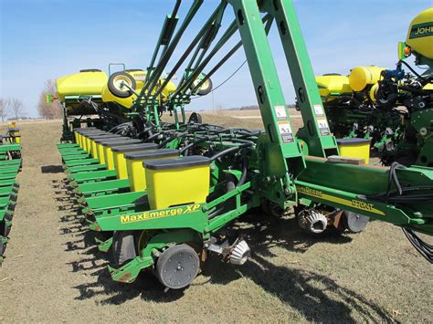 Deere Ccs Planters wisconsin ag connection deere 1770nt ccs row crop