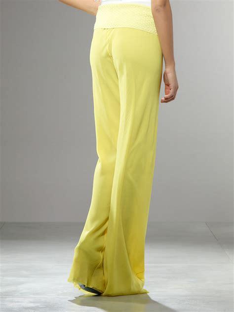 19213 Yellow Wide Leg Trousers patrizia pepe wide leg trousers in yellow yellow