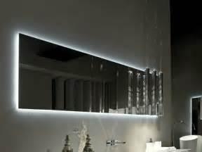 badezimmer beleuchtung spiegel badspiegel mit beleuchtung sind praktische accessoires
