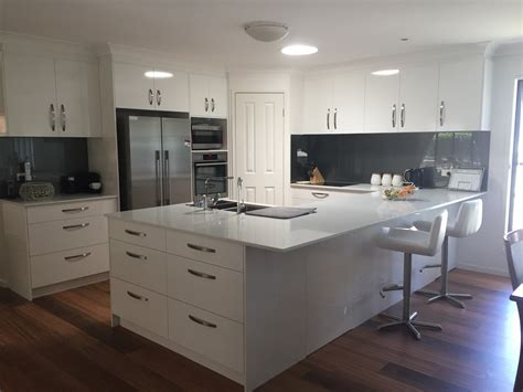 flatpack  custom kitchens kitchen designers brisbane